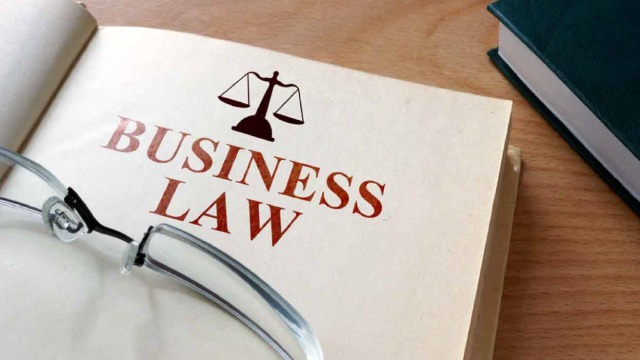 TOP BUSINESS LAWS EVERY ENTREPRENUER SHOULD KNOW ABOUT